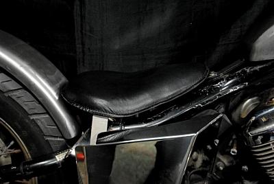部品屋K&W 専用ソロシートキット リジットタイプ (本革サドルシート) スティード400 スティード600 シャドウ400 シャドウ750 シャドウスラッシャー750