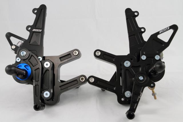 DRIVEN ドリブン D-Axis バックステップ エキセントリックカラー:ブルー ステップタイプ:GPスタイル RSV4
