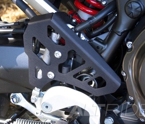 AltRider アルトライダー ガード・スライダー Rear Brake Master Cylinder Guard カラー:Black Super Tenere XT1200Z 14-