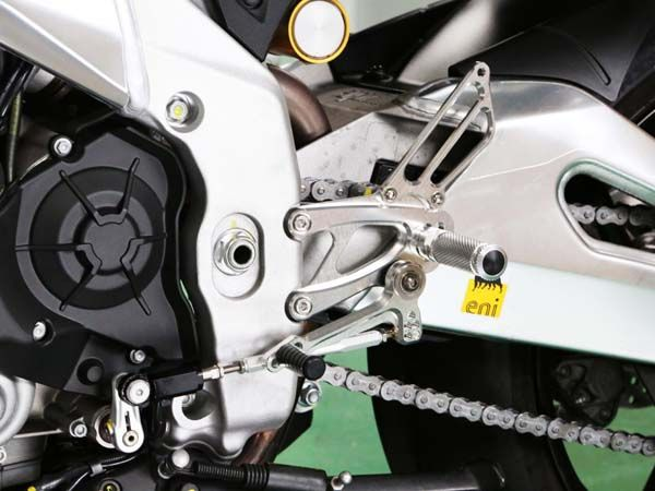 BABYFACE ベビーフェイス バックステップキット シフトパターン:正チェンジ シルバー RSV4/Tuono V4 APRC+ABS 13-16