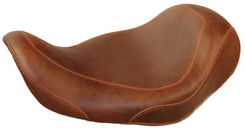 【ポイント5倍開催中!!】【クーポンが使える!】 マスタング シート本体 TRIPPER(TM) ワイドソロシート  (Wide Tripper(TM) Solo)【SEAT WDTRIP BRN SOLO DYNA [0803-0393]】 カラー:Distressed Brown