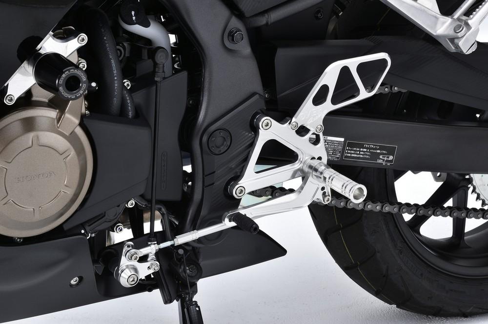 【イベント開催中!】 OVER オーヴァー バックステップ 4ポジション カラー:ブラックアルマイト仕上げ CBR400R(16-)