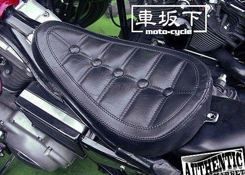 ガッツクローム GUTSCHROME シート本体 車坂下moto-cycle製 シングルシート ボタンステッチ SPORTSTER [スポーツスター] ファミリー