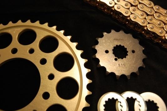 ユニコーンジャパン UNICORN JAPAN 530チェーン・スプロケットコンバートセット(SP-ゴールド) GSX1000S KATANA [カタナ] GSX1100S KATANA [カタナ]