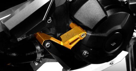 【イベント開催中!】 Dimotiv ディモーティヴ ガード・スライダー クラッシュパッド(Crash Pad) カラー:ブラック MT-09