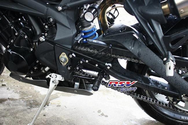 RSV racing アールエスブイレーシング バックステップ 可変タイプ DAYTONA675用 カラー:black Daytona675 2013 down