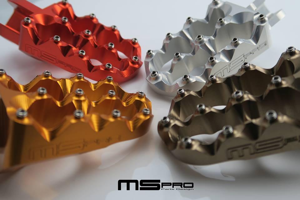 MSPRO エムエスプロ フットペグ・ステップ・フロアボード CNCアルミニウムフットペグAタイプ カラー:ブラック