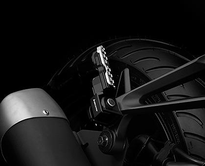 BIKERSバイカーズ タンデムステップ 待望 リアタンデムステップ 誕生日/お祝い BIKERS バイカーズ YZF-R25 MT-03 MT-25 YZF-R3