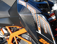Magical Racing マジカルレーシング タンクサイドパッド 125DUKE 200DUKE 390Duke