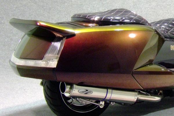 WARRIORZ ウォーリアーズ スクーター外装 マグザム用 リアスポイラー V1(バージョンワン) カラー:ブラックメタリックX MAXAM [マグザム] SG17J MAXAM [マグザム] SG21J