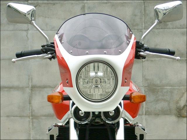 シックデザイン ビキニカウル・バイザー ロードコメット カラー:クリア カラー:パールフェイドレスホワイト/キャンディアルカディアンレッド(05-06)(カラーコード:NH-341P/R-305C) (ツートンカラー塗装済み)