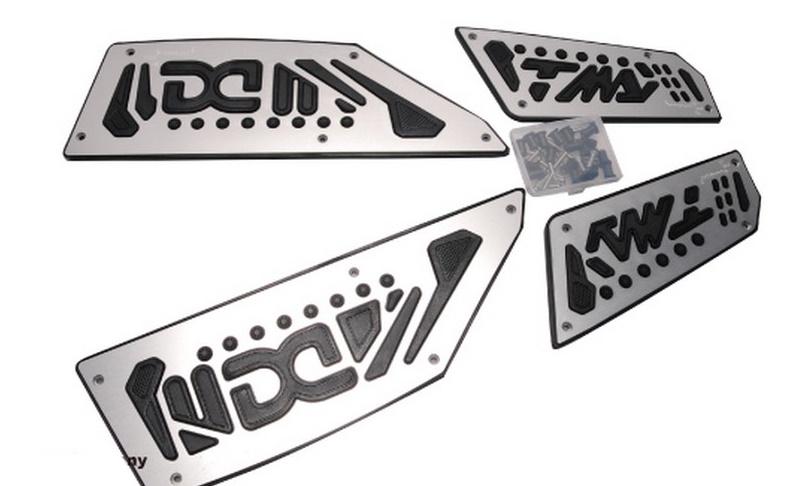 Dimotiv ディモーティヴ フットペグ・ステップ・フロアボード フットボードステップ(Footboard Step) カラー:ゴールド TMAX530