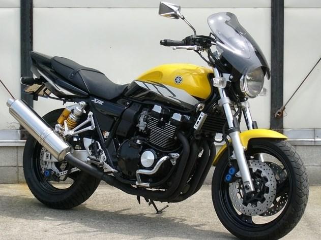 CHIC DESIGN シックデザイン ガイラシールド サイズ:S スクリーンカラー:スモーク XJR400R