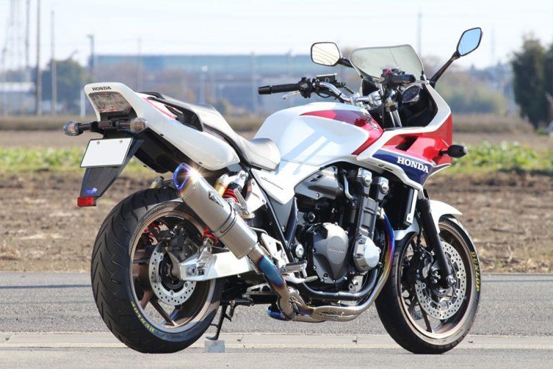 r's gear アールズギア ワイバンリアルスペック シングルタイプ フルエキゾーストマフラー カラー:チタンポリッシュ CB1300スーパーフォア