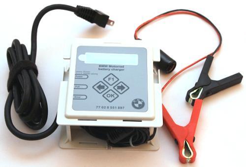BMW ビーエムダブリュー 各種電子機器マウント・オプション バッテリーチャージャー
