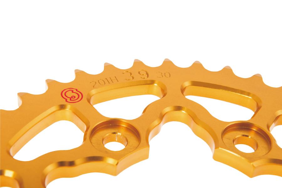 SITTA シッタ リアスプロケット カラー:ゴールド 丁数:44 CB750(RC42) 92-02