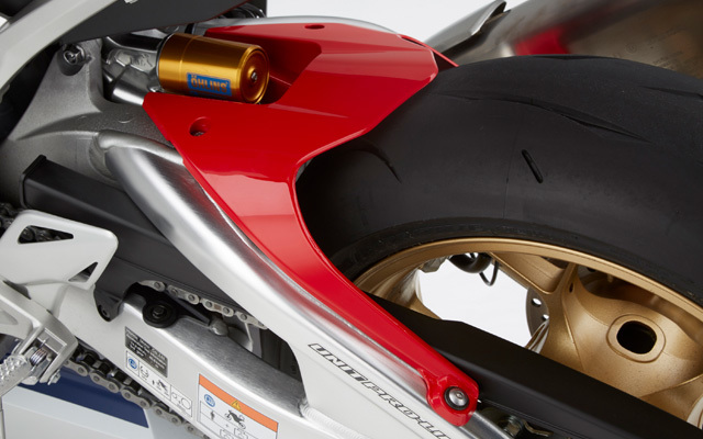 Drive Sprocket Rear Bolt//Stud for 1982 Honda XR 200 RC