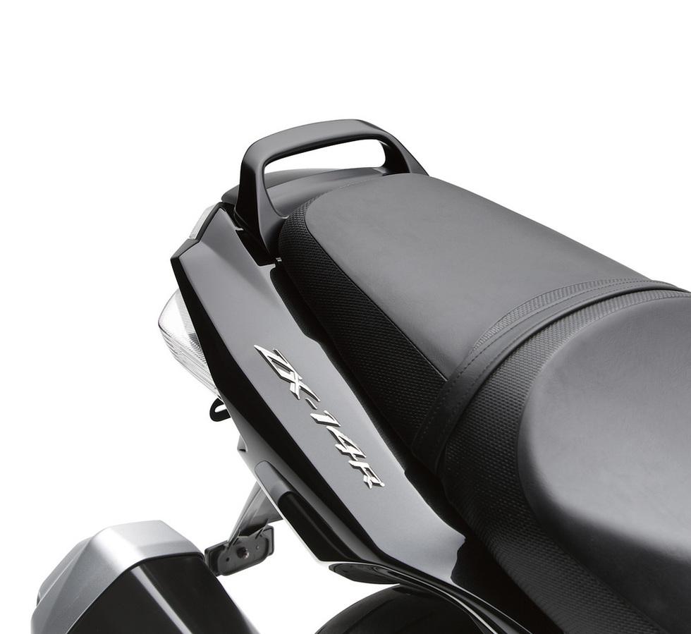 US KAWASAKI 北米カワサキ純正アクセサリー バックレスト・グラブバー Passenger Grab Handle NINJA ZX-14R ABS SE2018