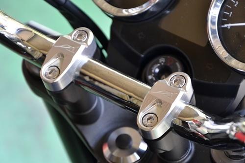 AGRAS アグラス ハンドルポスト アッパーブラケット タイプ:セパレートタイプ Z900RS