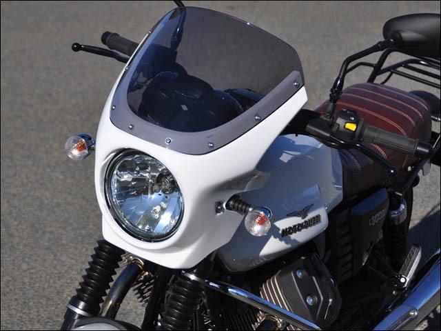 CHIC DESIGN シックデザイン ビキニカウル・バイザー ロードコメット カラー:V7クラシック 未塗装 スクリーンカラー:スモーク V7 Cafe Classic V7 CLASSIC V7 Racer