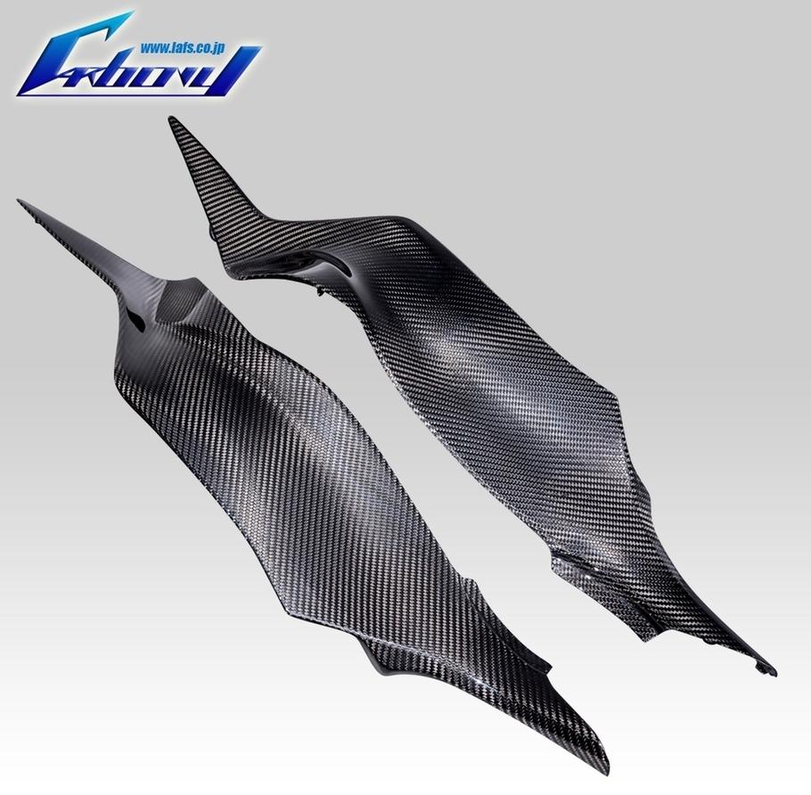 Carbony カーボニー サイドカバー リアサイドパネル 仕上げ:ツヤ有り 仕様:平織り ZX-6R 2013-