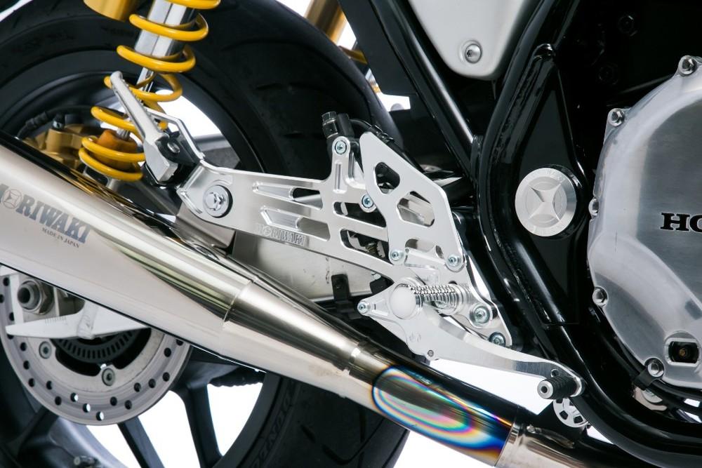 MORIWAKI ENGINEERING モリワキエンジニアリング バックステップキット カラー:シルバー (クリアアルマイト) CB1100 RS
