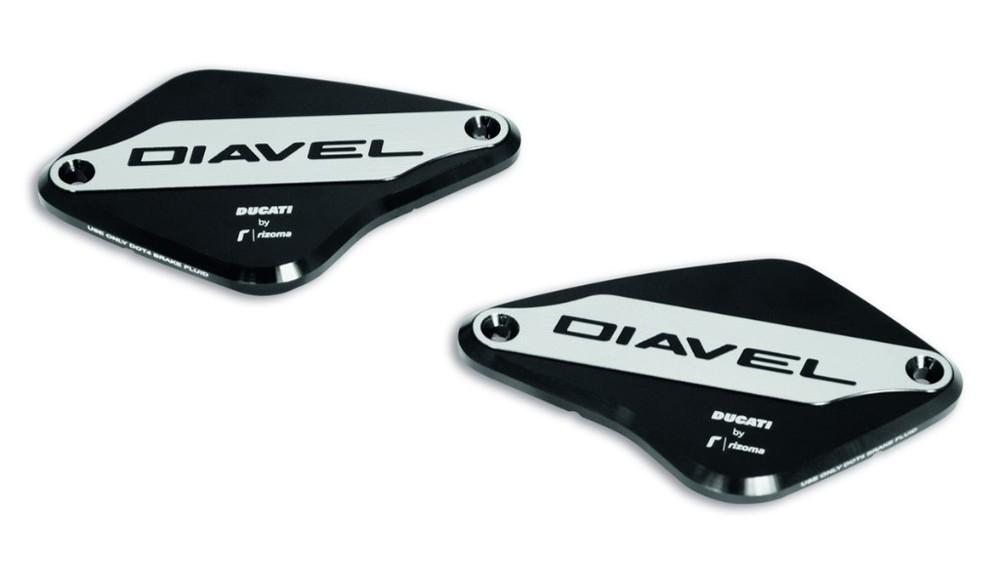 DUCATI Performance ドゥカティパフォーマンス マスターシリンダー ブレーキ/クラッチ フルードリザーバー用カバー DIAVEL 1260
