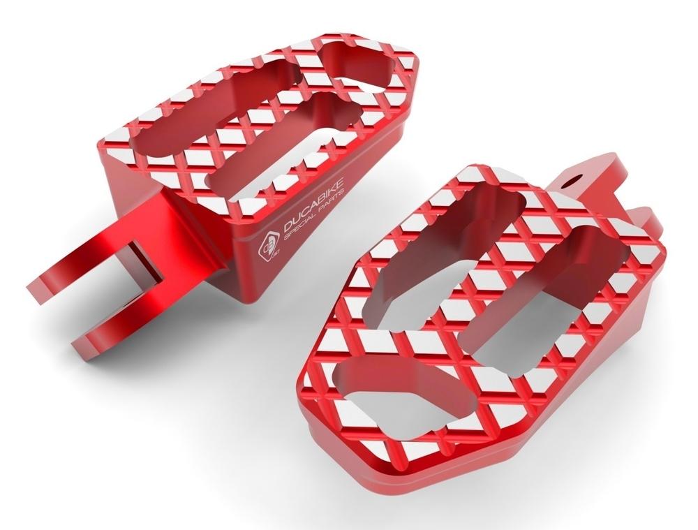 DUCABIKE ドゥカバイク タンデムステップ パッセンジャーペグ NEW バージョン カラー:レッド
