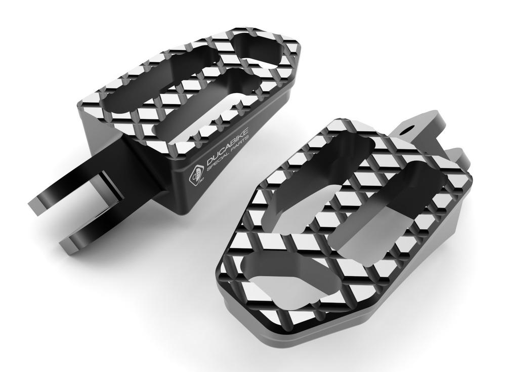 DUCABIKE ドゥカバイク タンデムステップ パッセンジャーペグ NEW バージョン カラー:ブラック