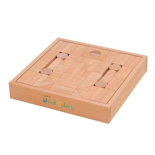 井筒屋のウッドキュウブ(ウッドキューブ) 積み木 70ピース<推奨年齢3~4才> 高知県産ヒノキ材 名入れ可能な積み木【送料無料】