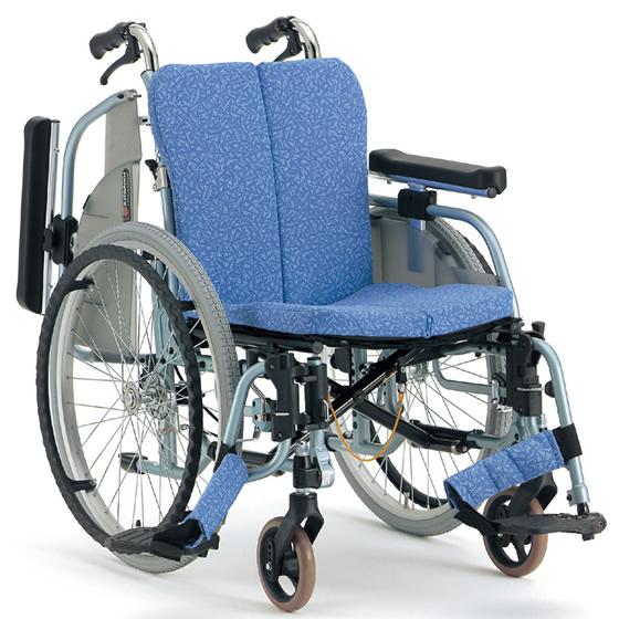 フルモジュール 抗菌 清潔 スイングアウト 肘跳ね上げ 多機能 シート調整 折り畳み 折りたたみ 介助用ブレーキ 松永製作所 REM-1000 自走用 自走介助兼用 車いす 車イス くるまいす 自宅 施設 病院 プレゼント 父の日