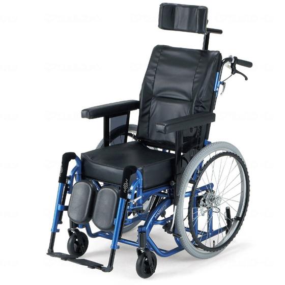 快適な姿勢 ティルト リクライニング 車椅子 スイングアウト MAJESTY マジェスティ 自走用 送料無料 日進医療器 nissin 22インチ 車イス 車いす くるまいす 楽な姿勢 角度を変える 背もたれ