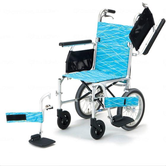 送料無料 日進医療器 介助用 軽量車椅子 軽7W NA-L7W | カルナナダブル 車いす 車イス くるまいす 背折れ 軽量 折り畳み 折りたたみ エアタイヤ 介助ブレーキ付き バンド式ブレーキ アルミフレーム JISマーク