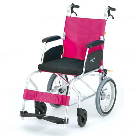 スーパー軽量 快適 安全 車椅子 クッション付き 折りたたみ エアタイヤ カルアルファシリーズ KALU7α Cパッケージ 介助用 送料無料 日進医療器 nissin 14インチ 車イス 車いす くるまいす 軽量 折り畳み