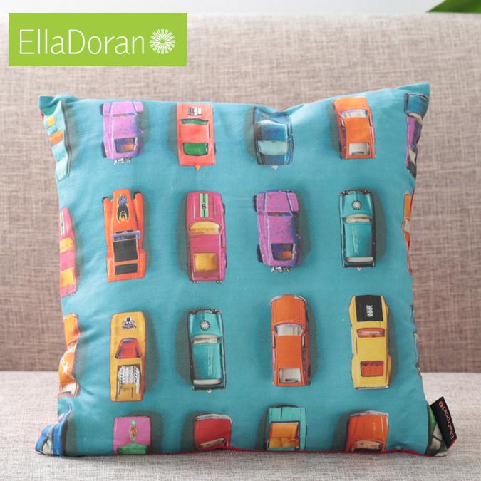 Ella Doran 英国製 クッション エラドラン UK デザイナー Made in UK Gridlock 40cm×40cm グリドロック 車 渋滞 イギリス 雑貨 プレゼント ギフト 新生活 新居 引越し祝い 子供