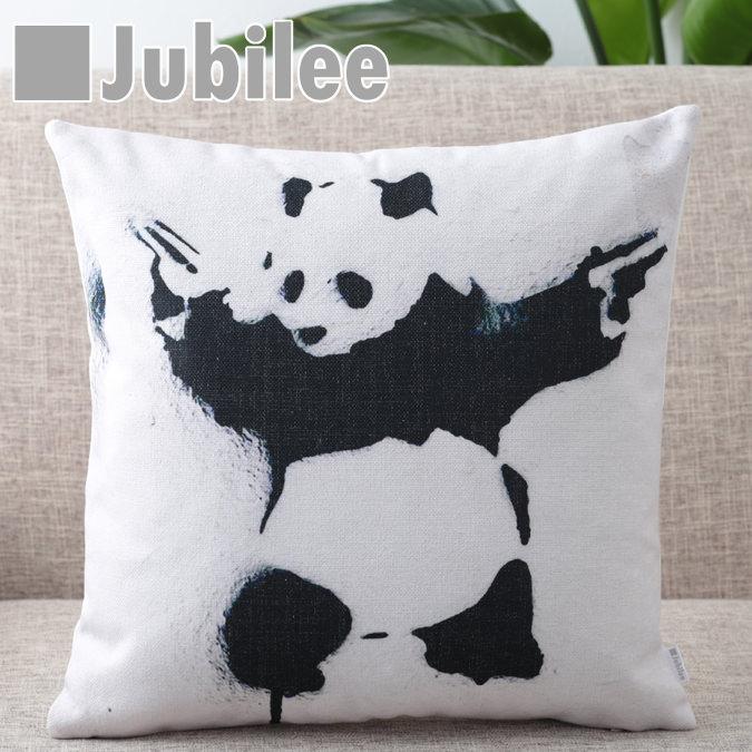 バンクシー Banksy クッションカバー Panda with Guns 北欧デザイン 45×45cm リネン 天然の麻で出来たハンドメイド プレゼント ギフト 新生活 新居 引越し祝い 新築 子供