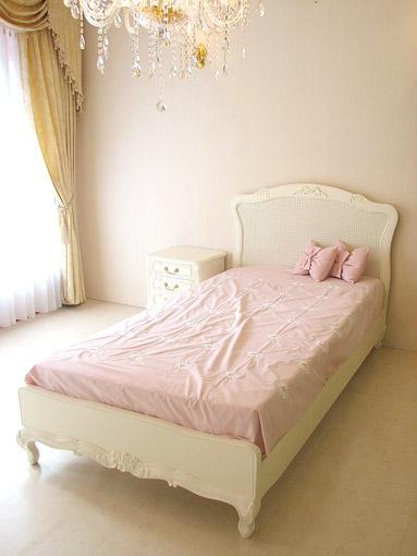 輸入家具 オーダー家具 プリンセス家具 プリマヴェーラ シングルベッド リボンの彫刻 ホワイト