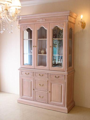 輸入家具■オーダー家具■プリンセス家具■キャビネット■3枚扉■薔薇の彫刻■ピンクベージュ色