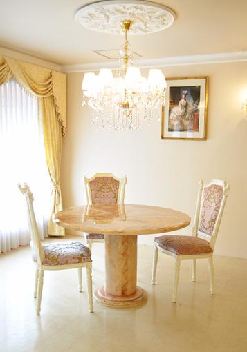 ★New!★輸入家具■プリンセス家具■水晶ダイニングテーブル■ラウンド