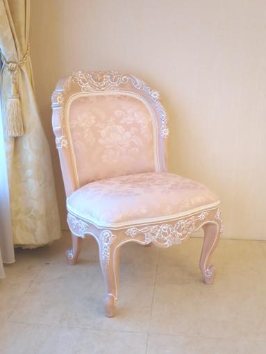 輸入家具 オーダー家具 プリンセス家具 背付きスツール バラの彫刻 W45×D45×H75 ピンクベージュ色 アンピンク1の張地