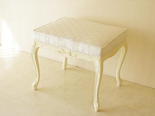 輸入家具 オーダー家具 プリンセス家具 ビバリーヒルズ スツール W60cm オードリーリボンの彫刻 ホワイト色 ホワイトダイヤ柄