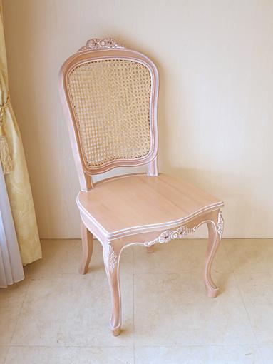 輸入家具■オーダー家具■プリンセス家具■ラ・シェル■ラタンチェア■リボンの彫刻■座面:木製■ピンクベージュ色