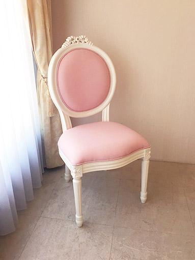 輸入家具 オーダー家具 プリンセス家具 ルイ16世スタイル リボンの彫刻 ホワイト色