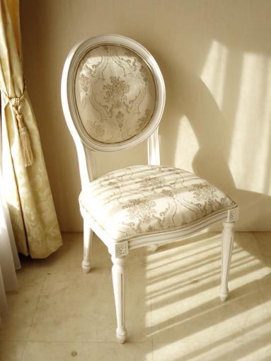 輸入家具 オーダー家具 プリンセス家具 ルイ16世スタイル オーバルチェア 彫刻なし マダム・ココ色 ゴールド花かご柄
