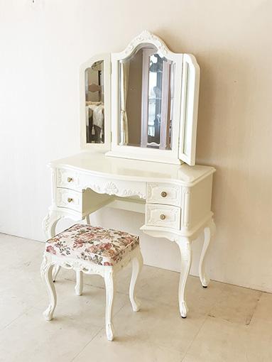 輸入家具 オーダー家具 プリンセス家具 ビバリーヒルズ ドレッサー ミラー背面 シェルの彫刻 薔薇柄の張地