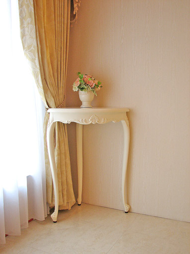 輸入家具■オーダー家具■プリンセス家具■ラ・シェル■コーナーコンソール■ホワイト色