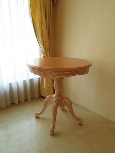 輸入家具 オーダー家具 プリンセス家具 ティーテーブル φ70cm×H72cm シェルの彫刻 ピンクベージュ色