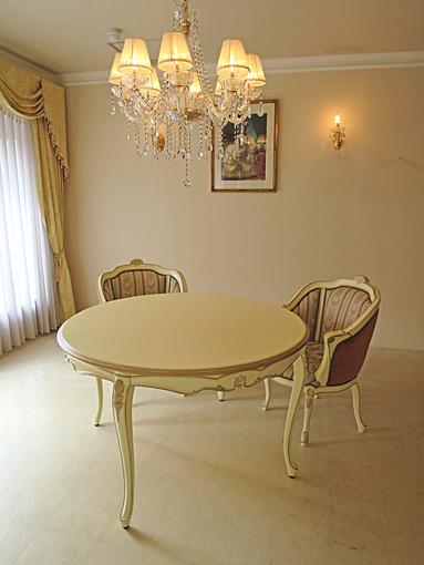 輸入家具 オーダー家具 プリンセス家具 ラ・シェル ラウンドテーブル H72cm アンティークホワイト&ゴールド色