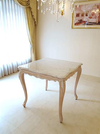 輸入家具 オーダー家具 プリンセス家具 ラ・シェル ダイニングテーブル 正方形 W80×D80cm ピンクベージュ色 ホワイトカラーラ 大理石天板