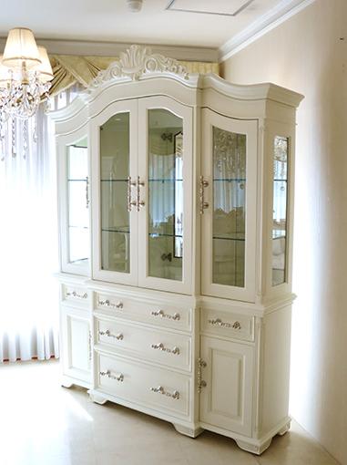 輸入家具 オーダー家具 キャビネット パターン3 ビバリーヒルズの彫刻 ホワイト色 シルバーの引き手